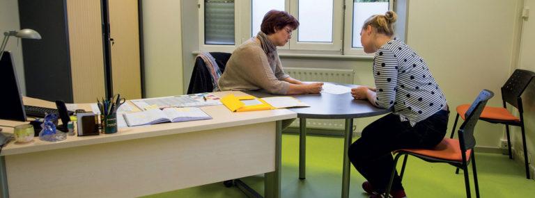 Secret professionnel et partage d'informations dans les secteurs social, médico-social et sanitaire - Évaluation et outils professionnels - Adèle de Glaubitz